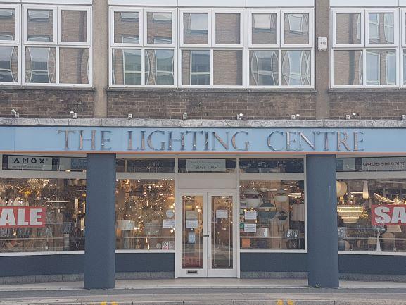 Lighting centre banner